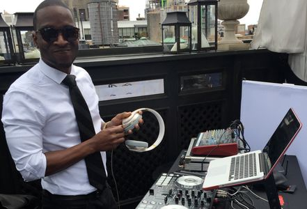 NY Beats DJs at a New York City wedding