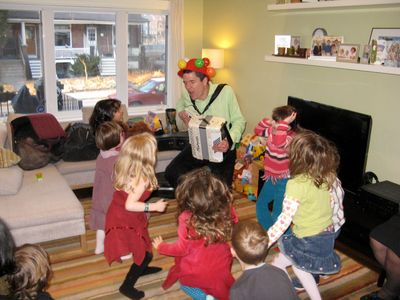 children music, birthday party, childrens entertainer, storyteller, children musician