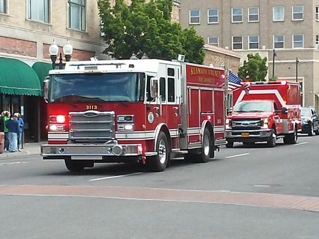 KCFD1 Engine and Ambulance