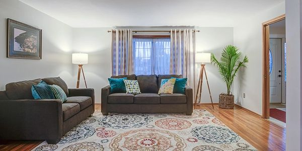 Home Staging by Janiene Palmeri. Living room in house for sale in Tonawanda.