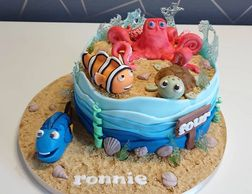 Under the sea cake with edible sand
