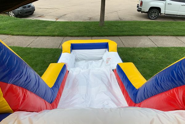 WATER SLIDE WITH POOL BOUNCE HOUSE