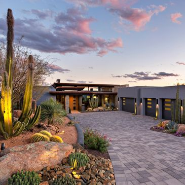 Pass home in Mirabel. Mark Tate Design. Steven Thompson Photo. Stunning driveway entry.