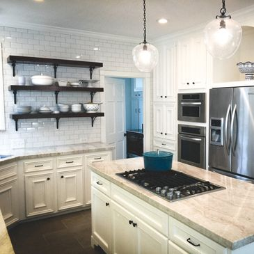 Remodeling in The Woodlands, Tx. - General Contractor Kitchen Remodel - Bathroom Remodel