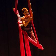 julia langenberg, san antonio, ariel, aerial, yoga, dance, silks, class, entertainment, performance