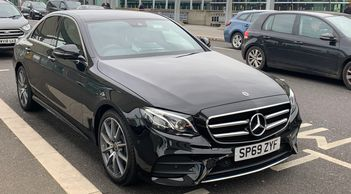 Taxi Transfer & Executive Chauffeur Service from Southend on Sea Essex to Heathrow Airport