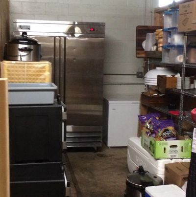 Food Truck storage unit for rent