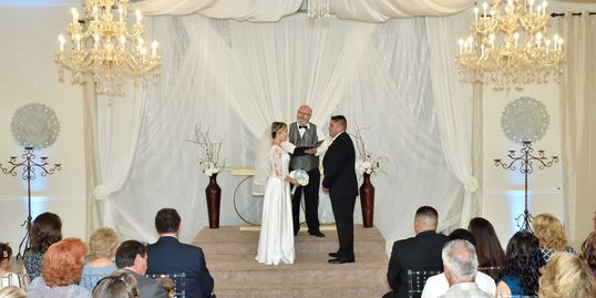 justice of the peace style wedding minister | wedding Officiant | small wedding