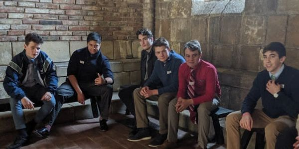 Sedes Sapientiae School students at the Met Cloisters.