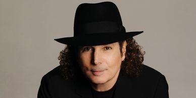 Boney James plays Westcoast Sax Mouthpieces