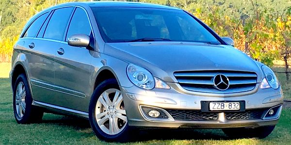 Mercedes Benz R500, touring, luxury, wine tour, yarra valley, V8, discrete, 4x4