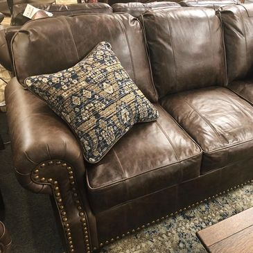 Custom Upholstery, leather sofa, Marshfield Furniture, Nail Trim, Top Grain Leather, Stagecoach