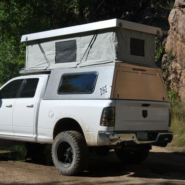 AT Overland Atlas topper. Features a fully lifting roof that opens to a huge interior space.