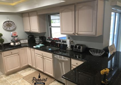 kitchen cabinet refinish white Merritt Island Fl 32952