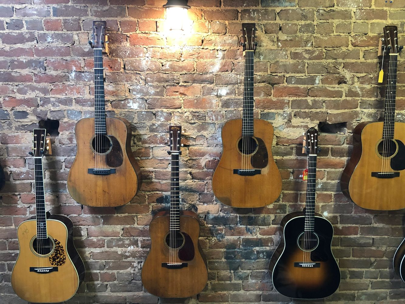 Acoustic Cellar Guitars Acoustic Instruments Music Store Guitar