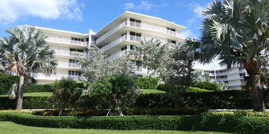 View all MLS listings in 2500 Building, 2500 South Ocean, Palm Beach, condos for sale, photos, oceanfront, boutique building,Jacqueline Zimmerman, Realtor (561) 906-7153, Adam Zimmerman, Realtor (561) 906-7152.