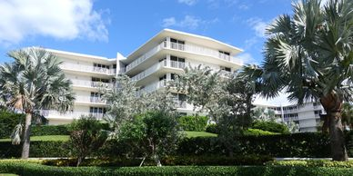 Search all pet friendly buildings, South Condos, Palm Beach, condos for sale, 2500 Building, Reef