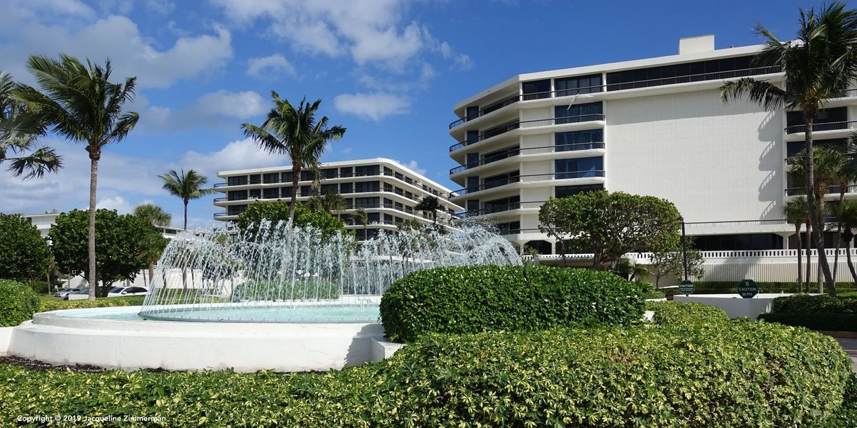 Beach Point, 2660 South Ocean Blvd, Palm Beach, photos, mls listings, condos for sale, fountain, oceanfront building, Jacqueline Zimmerman, Realtor (561) 906-7153, Adam Zimmerman, Realtor (561) 906-7152.