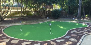 Putting green artificial turf. Mount Pleasant, SC. Charleston, SC. Artificial lawn.