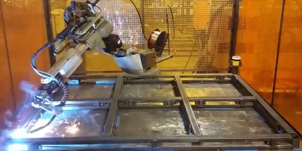 Pallet Base Welding by Robot