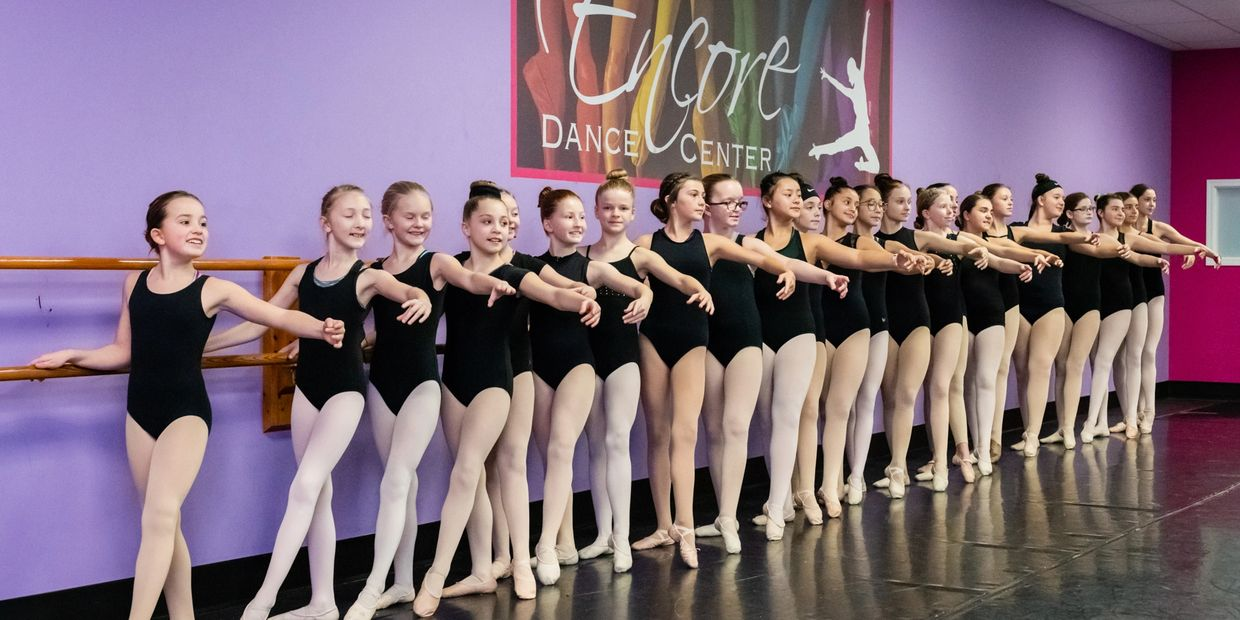 We offer a wide range of classes for both beginner, intermediate and advanced dancers.