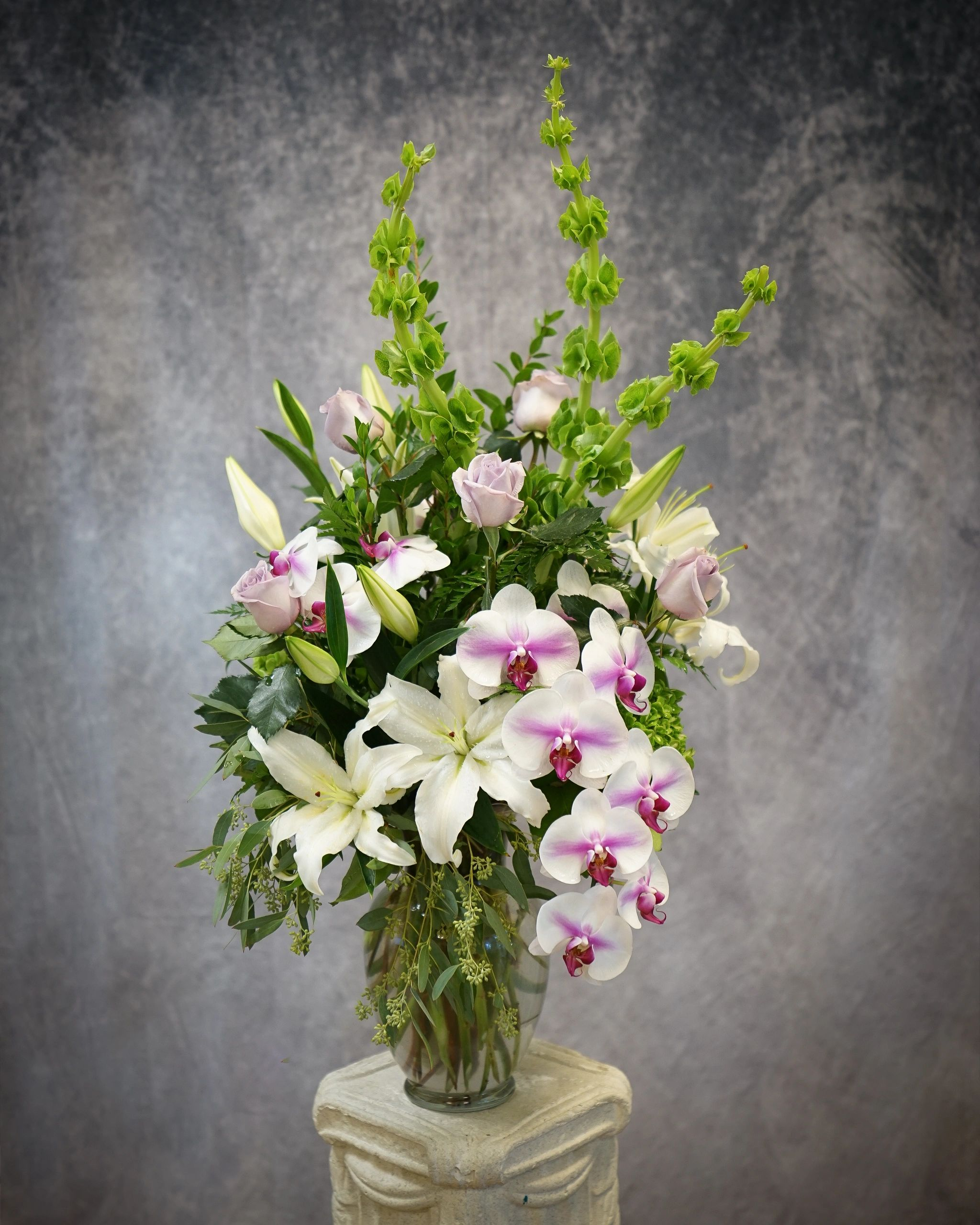 Beautiful flower arrangement for Mother's Day