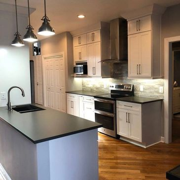 Kitchen Remodel, Kitchen Install, Cabinetry Installer, White Shaker Cabinetry