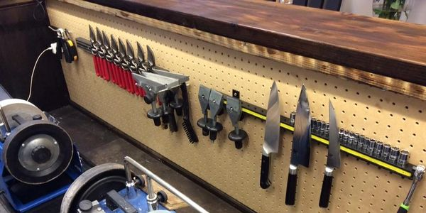 Master Professional Sharpeners on site. Watercooled Sharpening.