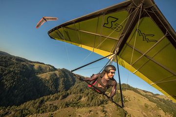 Dave enjoying a soaring flight on a Wills Wing Sport 3 hang glider