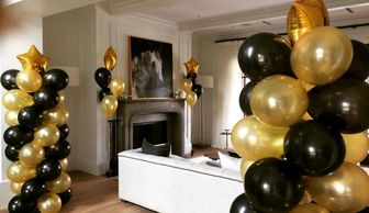 Balloon columns can transform any living room into a party room!