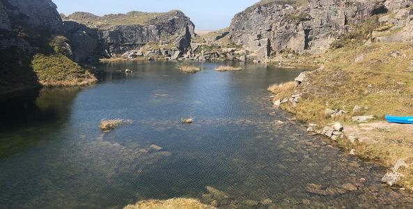 Froggintor Quarry Devon, Dartmoor swimming.