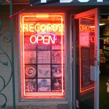 Record Store, Record Shop - Tracks In Wax - Phoenix, Arizona