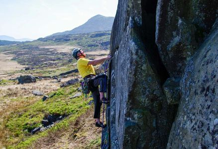 "Dave Williams on the excellent  ""Mur Cefn Cam"" (VS 5a), Cefn Cam, Rhinogydd [ ©Don Sargeant]"