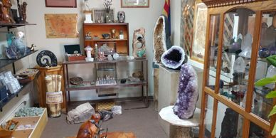 Shop unique gifts and geodes in Rimrock on Beaver Creek road