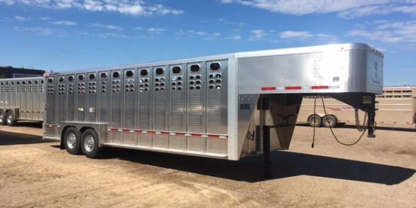Sioux Falls Livestock Trailers