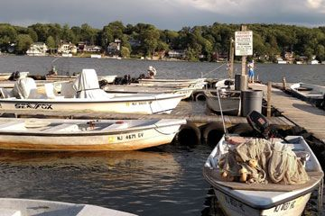 Dow's Boat Rental 145 Nolans Point Road Lake Hopatcong, NJ 973-663-3826