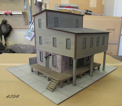 Jake and Sons Furniture O Scale Structure Kit