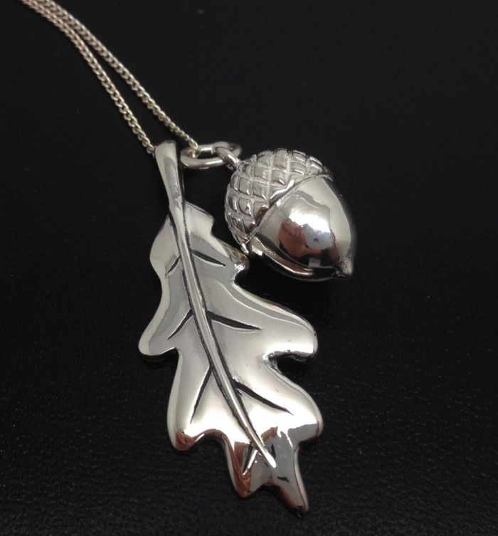 Oak leaf and acorn solid Sterling Silver pendant necklace