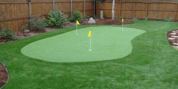 Chipping greens, putting greens, artificial turf