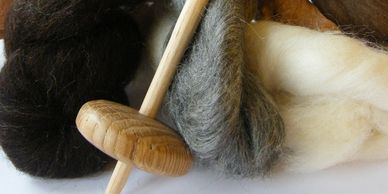 Present Past Historical Crafts - Traditional wool spinning kit
