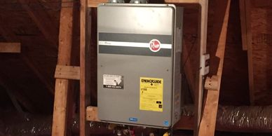 Water heater leaking, Water heater replacement, No hot water, Tankless water heater
