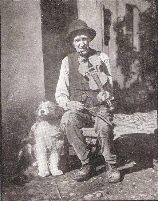 Before Italian Mandolins, Irish Bagpipes on Federal Hill