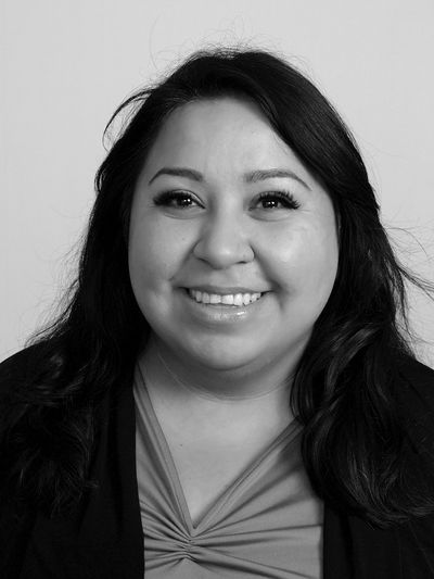 Cecilia Herrera-Legget provides psychotherapy and immigration evaluations.
