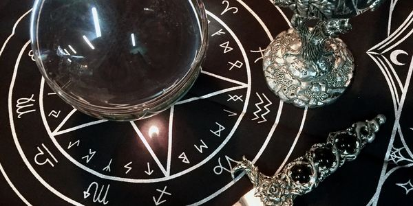 magick apothecary metaphysical crystals candles oils herbs  botanica occult spells intuition crooked