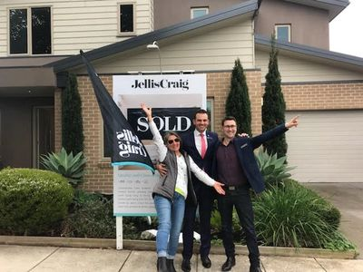 Success at Auction in Bentleigh East Melbourne.