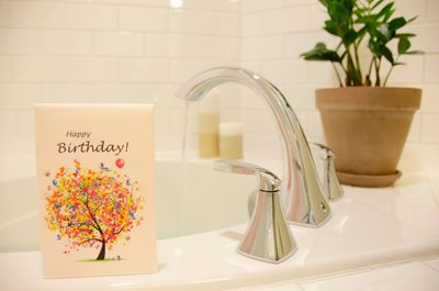 Unique gifts for anyone - fully dissolving bath bomb greeting card