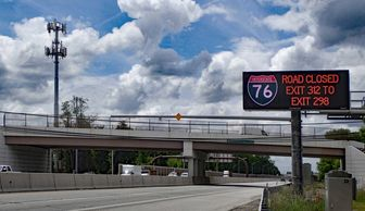 Interstate 76 Color Dynamic Message Sign