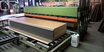 Panel glue-up, OEM Services, OEM ready to assemble panels, Panel Cutting Services, Edgebandiing