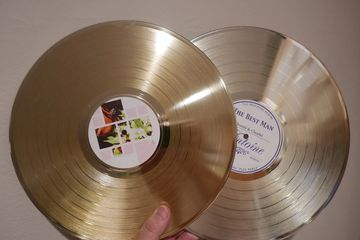 "custom gold silver platinum award vinyl record 12"" with printed center label"