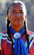 This clip features renowned Bahá'í Kevin Locke bringing his native american inspired performer.